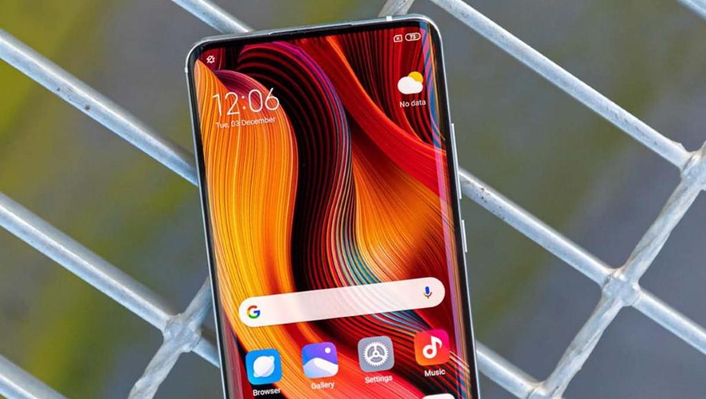 Xiaomi, Mi 10 Pro'nun Kutusuyla Rakibi Huawei'ye Çok İnce Bir Mesaj Gönderdi