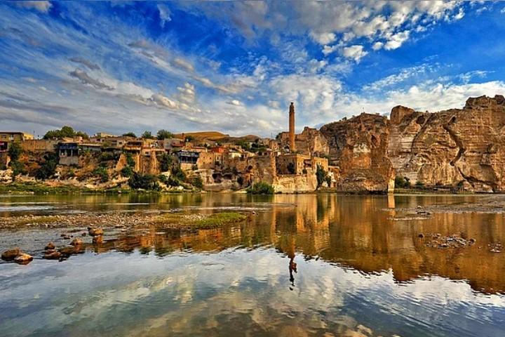 Türkiye'nin Doğal Güzellikleri ve Tarihi Eserleri Hangi Şehirde Bulabilicekmisin ?